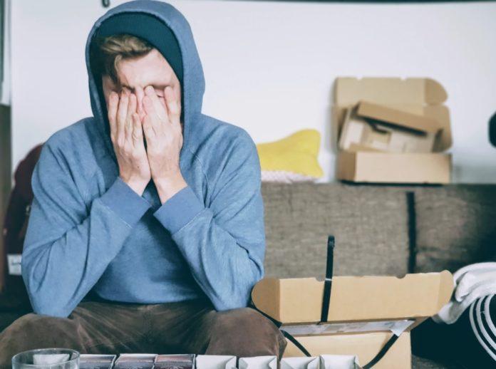 Человек который мало спит уже к середине дня чувствует упадок сил